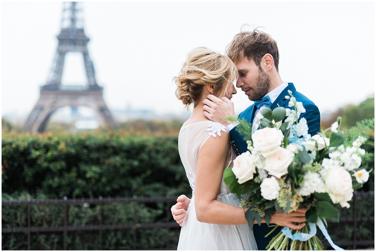 elopement in Paris Christophe Serrano French destination wedding photographer